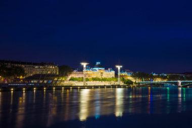 Piscine du Rhône à l'heure bleue - Copyright Lenny Rouanet