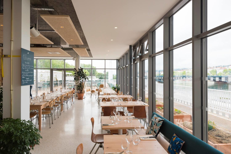 la piscine bar restaurant avec terrasse lyon heure