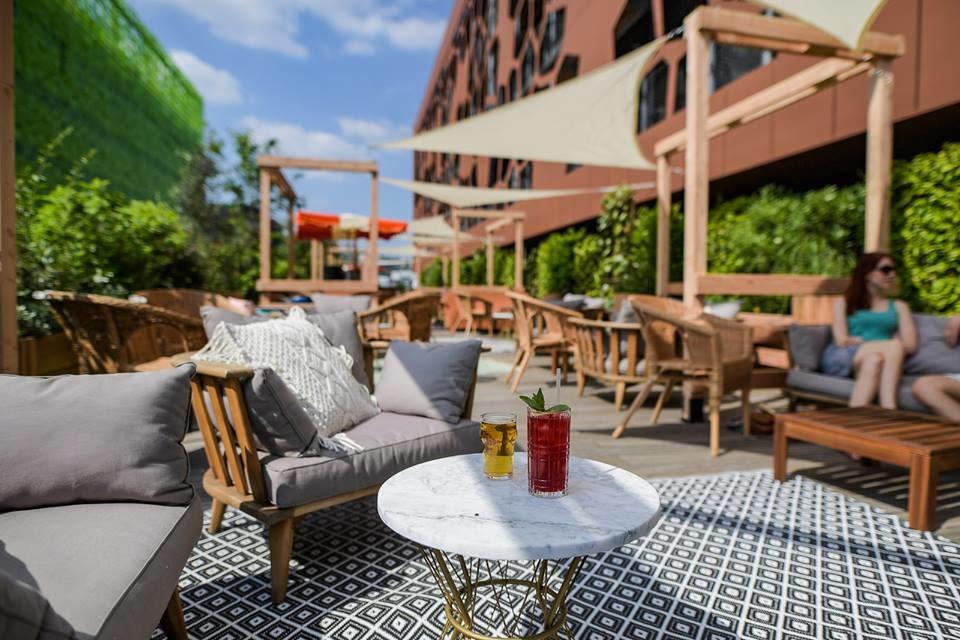 week-end lyon heure bleue bain de soleil terrasse cocktail musique mob hotel