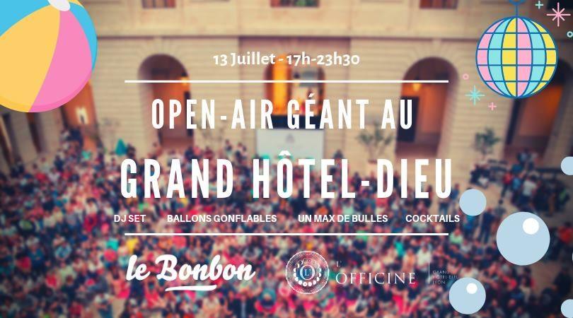 Open Air Géant du Bonbon au Grand Hôtel-Dieu