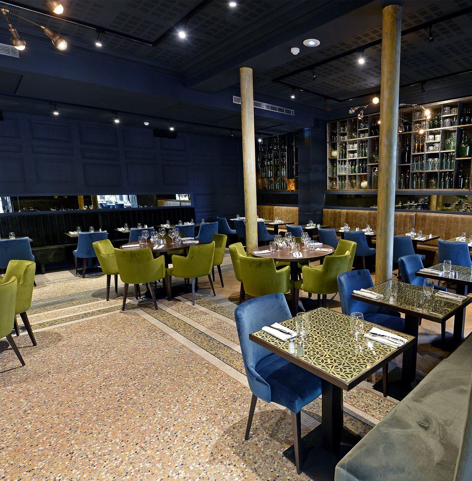 La maison bar club avec terrasse lyon heure bleue lyon for La maison club