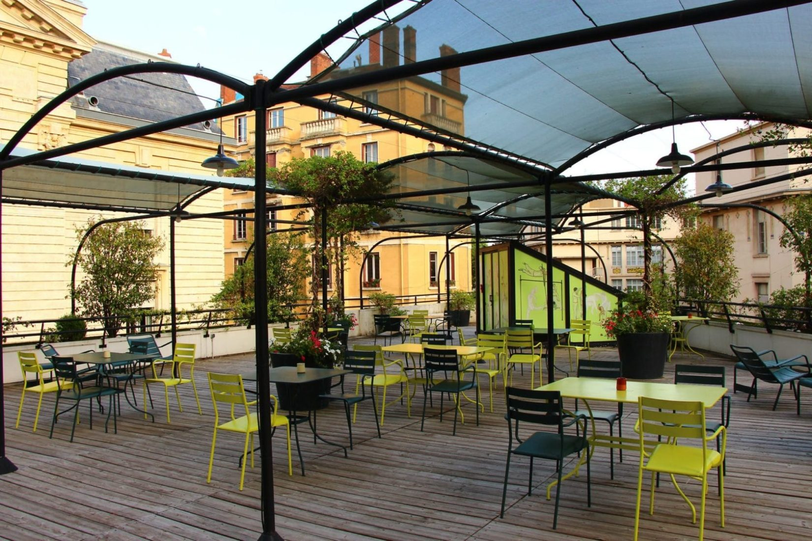 College-Hotel Cuisine clandestine 5 chefs sur un rooftop