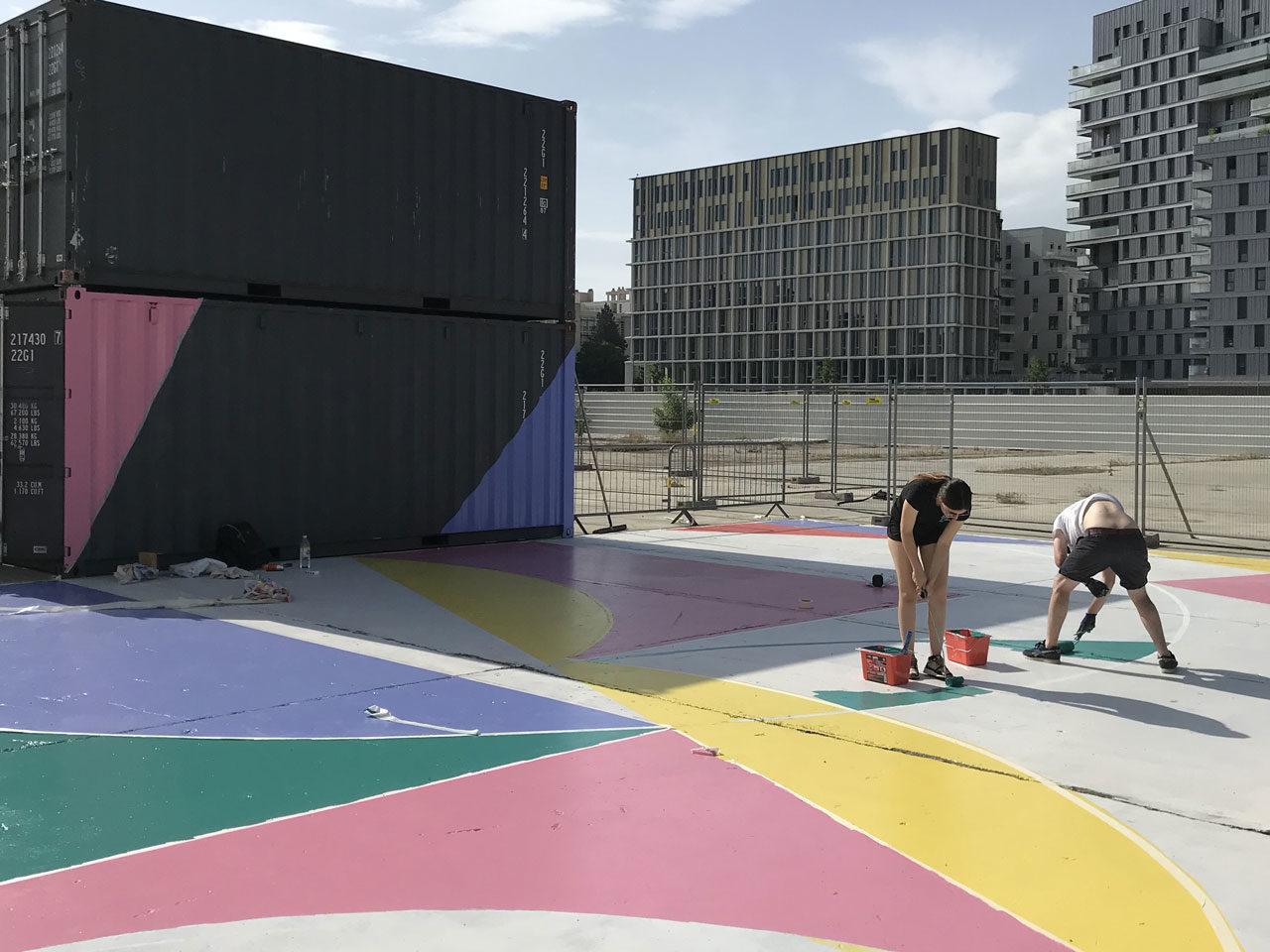 La Cité des Halles Lyon 7 Playground basket peint par Poter