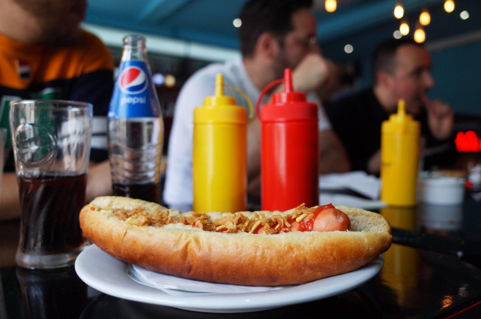 rockyrama cafe hot dog