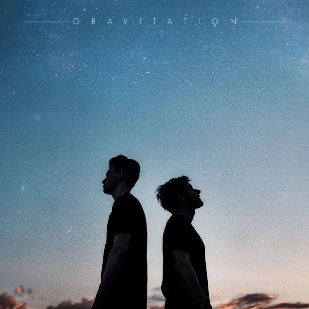 Petit Biscuit & Møme – Gravitation (ft. Isaac Delusion)