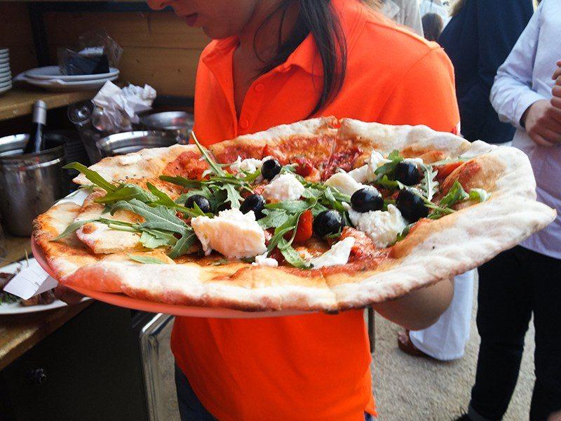 Inauguration terrasse Celcius pizza